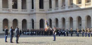 Le salut au drapeau